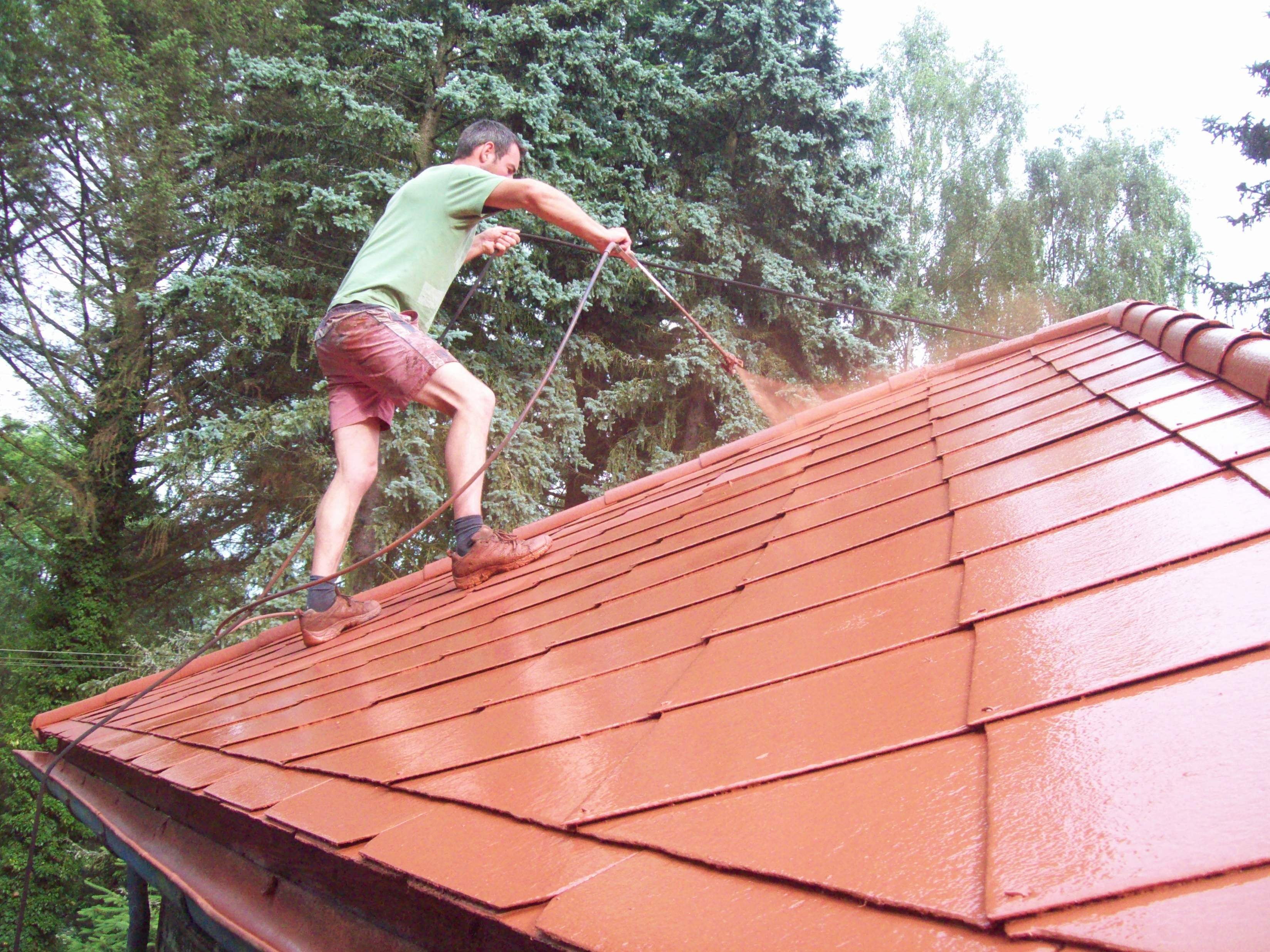 Barva na eternitové střechy